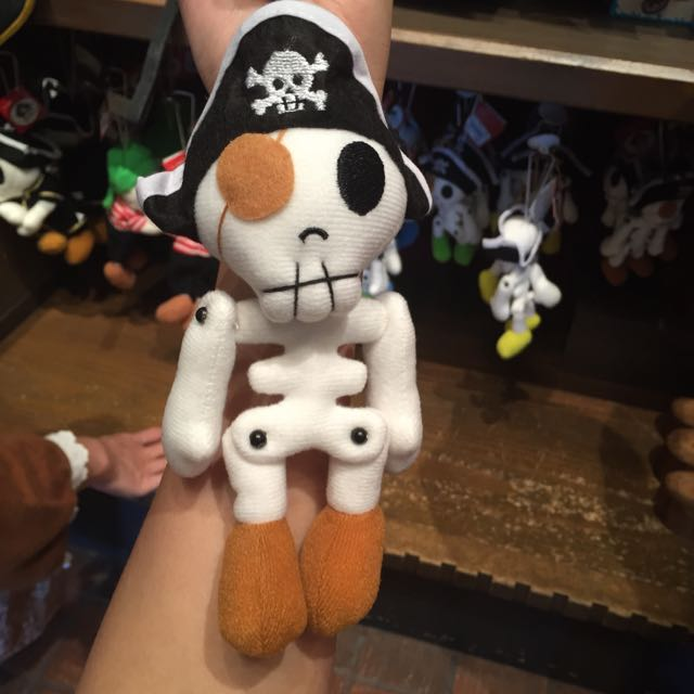 Disney 海盜娃娃吊飾