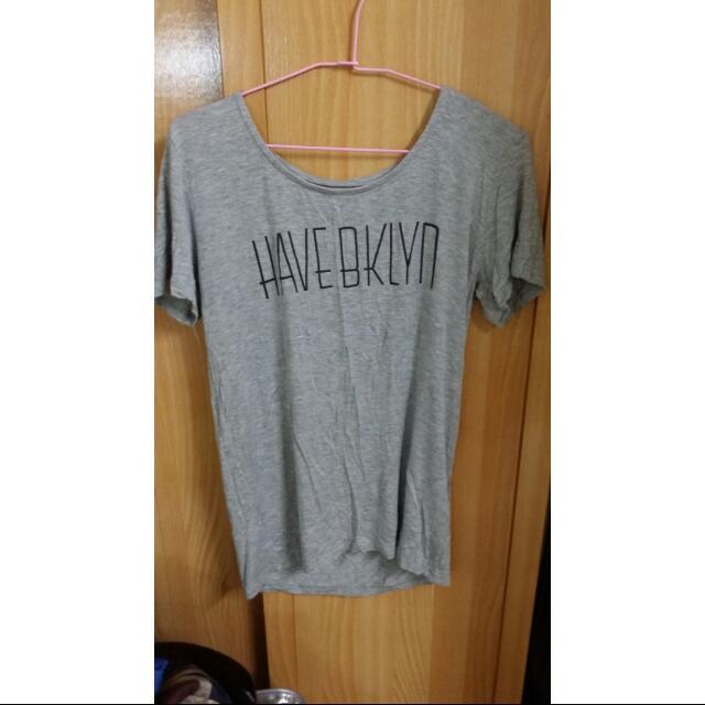 (二手)灰色T-shirt