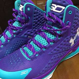 UA CURRY1 籃球鞋。US10