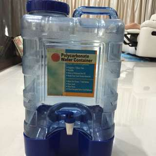 Water Container 4 Gallons