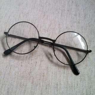 鐵黑細框圓眼鏡,附袋子