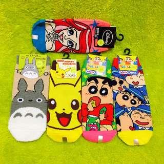 日本帶回襪子 腳板22~24cm ㄧ雙130$ 兩雙250$