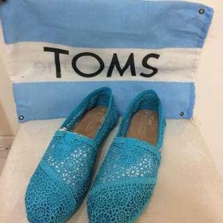 全新)TOMS鏤空蕾絲娃娃鞋