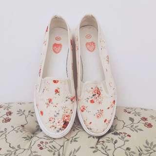 🌸碎花休閒鞋