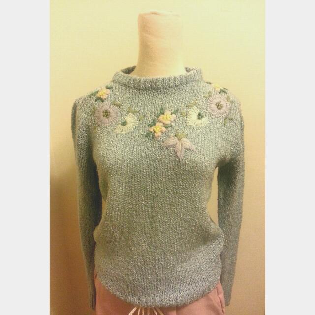 古著刺繡花朵珍珠針織長袖衣