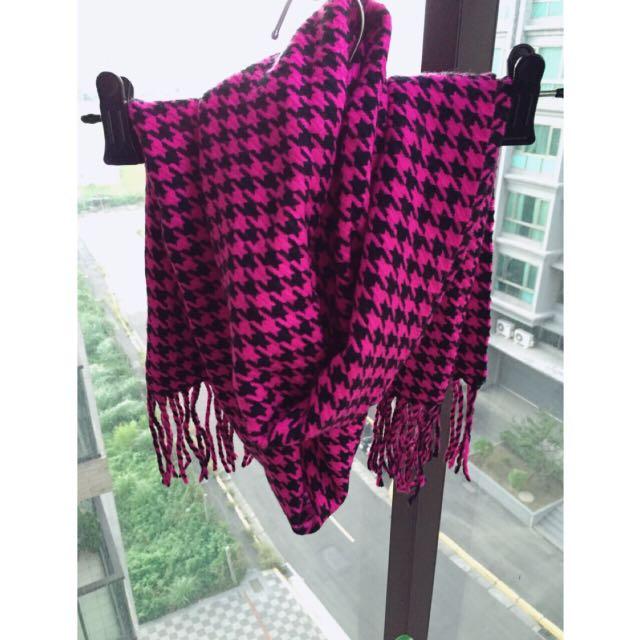 千鳥格針織布圍巾(全新)$100