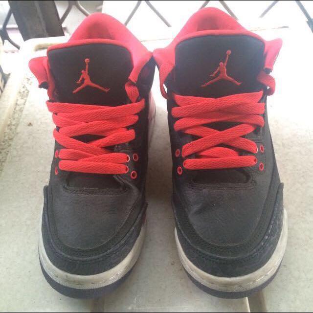Air Jordan 3 黑橘紅爆裂紋