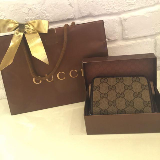 Gucci經典多功能拉式短夾(中性款)↘️↘️降價啦~$3500含淚出清,專櫃正品買到賺到啊