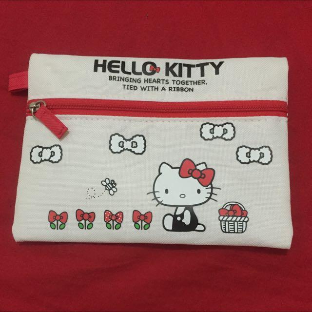 😘含運。Hello Kitty 凱蒂貓 化妝包 收納袋