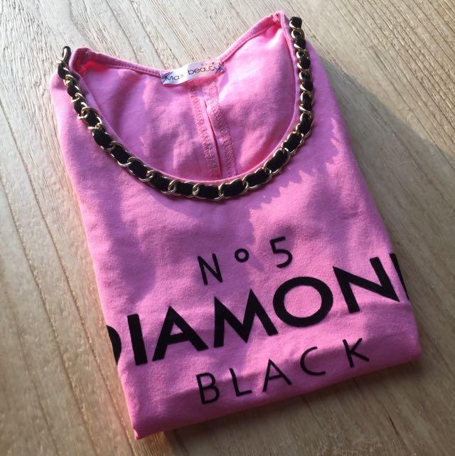 小香粉紅t-shirt
