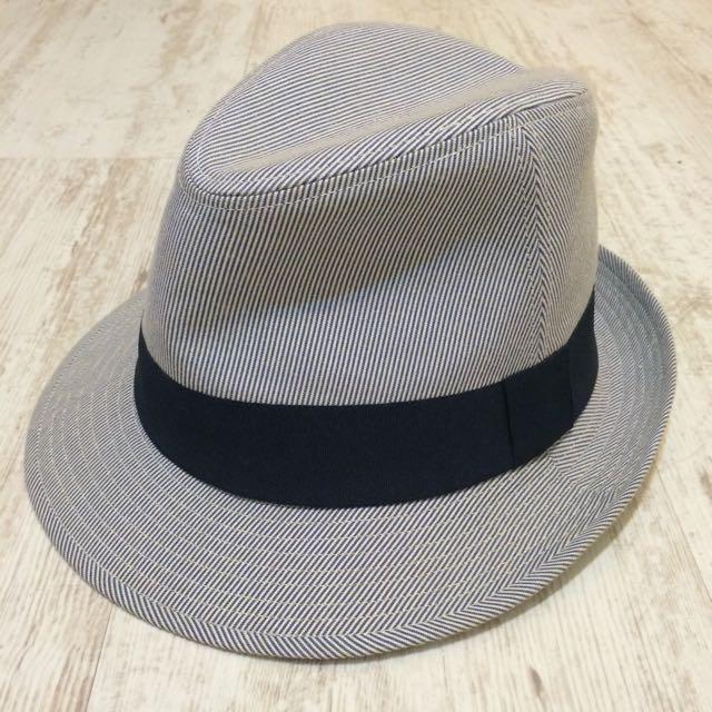 Uniqlo 藍白細條紋紳士帽