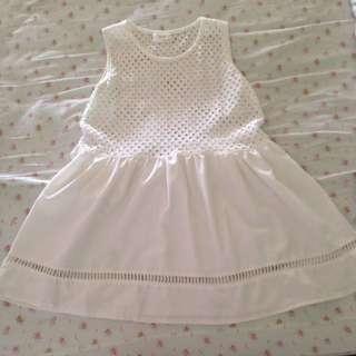 9.99成新 純白小洋裝