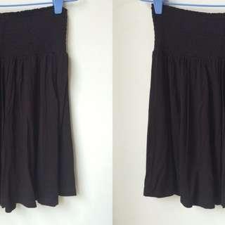 H&M Black Flare Skirt