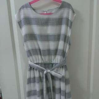 【韓版】灰白橫條洋裝