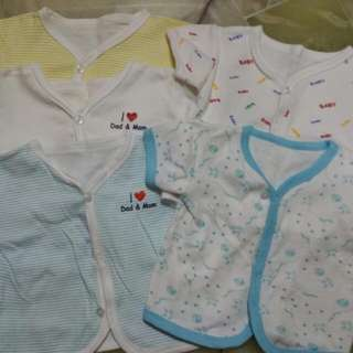 Pre-loved baby top.. (Up To 6 To 7mth)