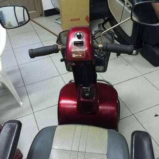 4輪電動摩托車