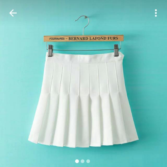 九成新✨韓風白色百摺裙✨