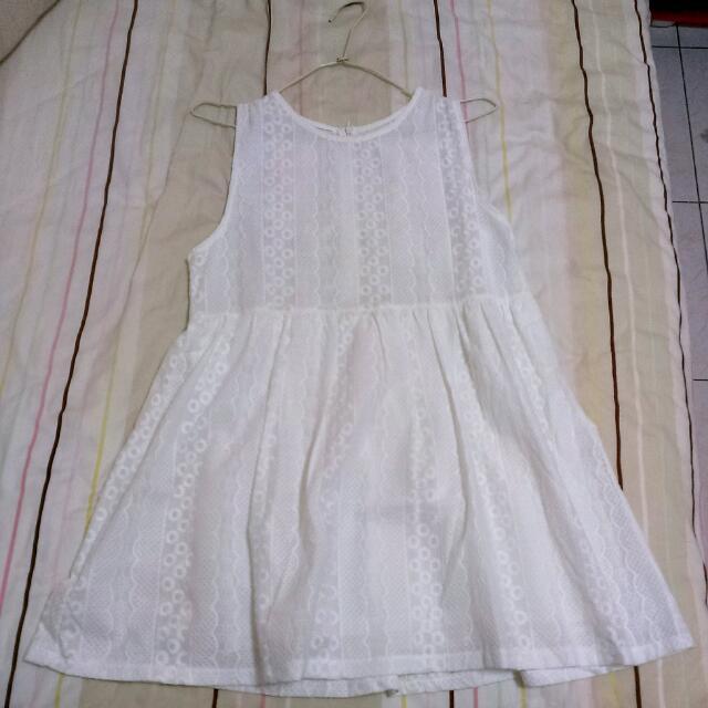 【韓版】氣質蕾絲紋傘狀小洋裝