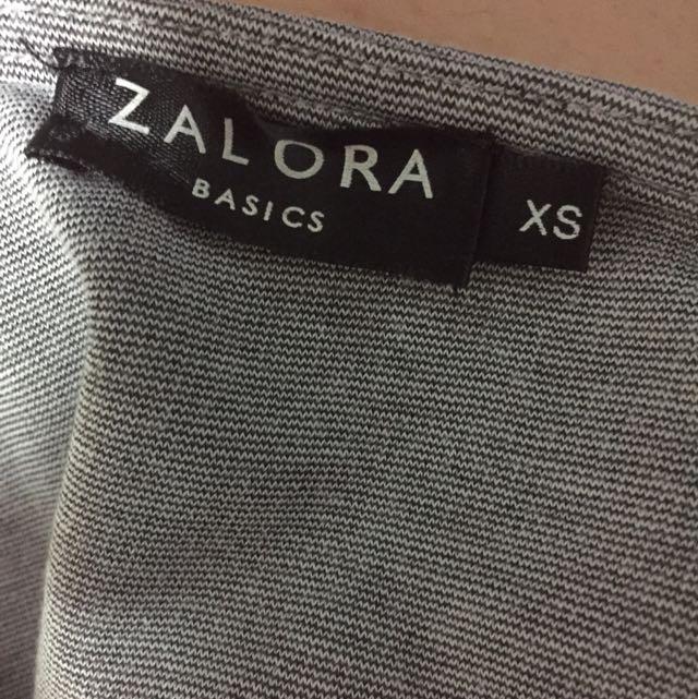 Zalora Basic Tshirt Dress, Women's Fashion on Carousell