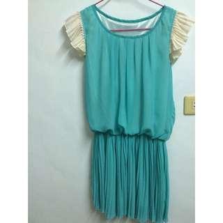 湖水綠洋裝