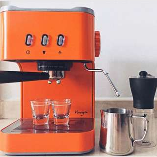 Sleek Orange Coffee Machine With Cup Warmer And Steam Wand In Good Working Condition