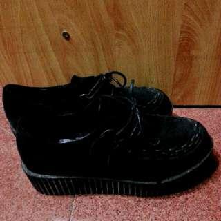 OOFY SHOES黑色綁帶厚底鞋(已降價)