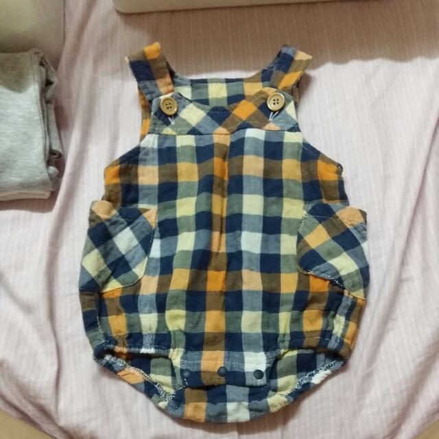寶寶吊帶褲6-9m