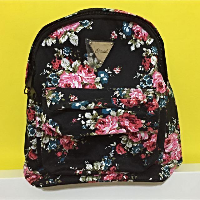 全新📍花朵後背包