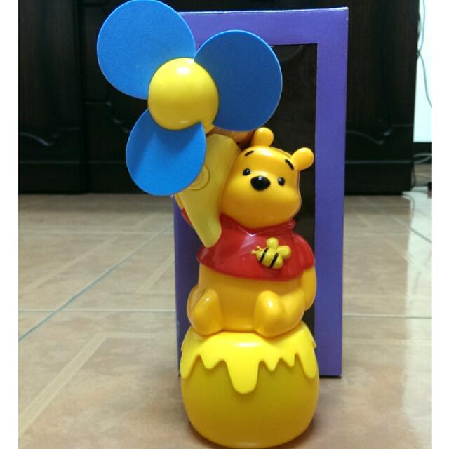 (全新)迷你維尼風扇泡泡機