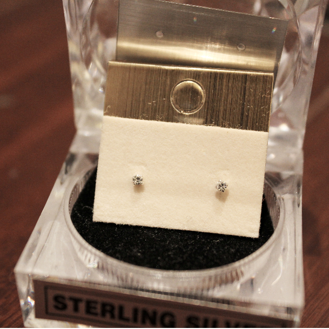好品質 925純銀抓鑽鑽石耳環 2mm 三色