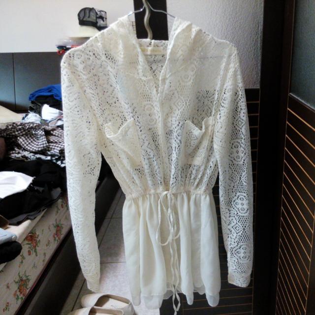 米白蕾絲罩衫  外套