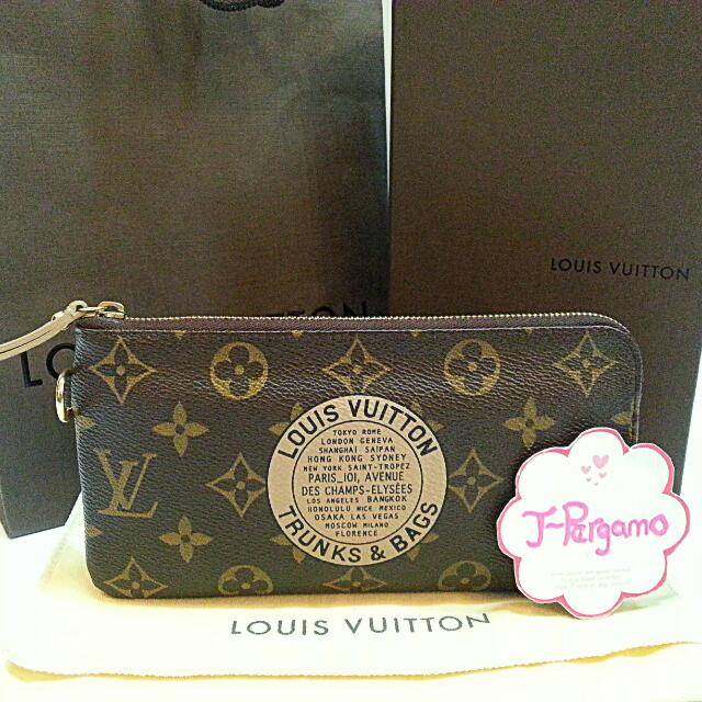 1c47e2adec7 Authentic Ltd Edition Louis Vuitton Monogram Canvas Trunks & Bags ...