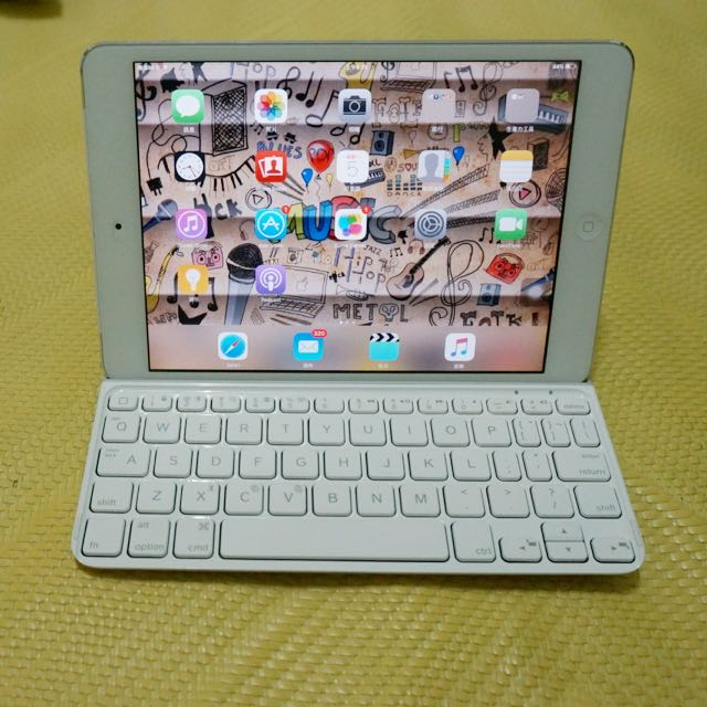 ipad mini one16G(3G)+logitech 藍牙鍵盤 sold out