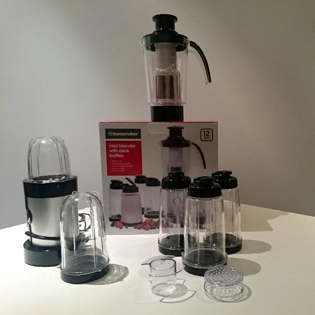 Mini Blender With Drink Bottles