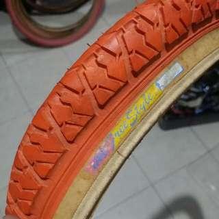 NOS Old School BMX Bicycle IRC Freestyler Tire