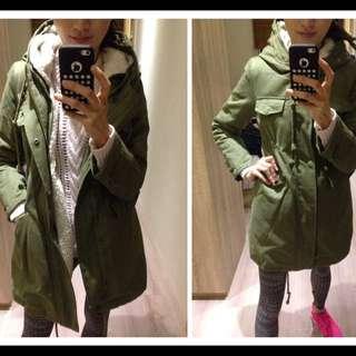 軍綠色鋪棉軍外套