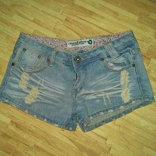 二手牛仔短褲