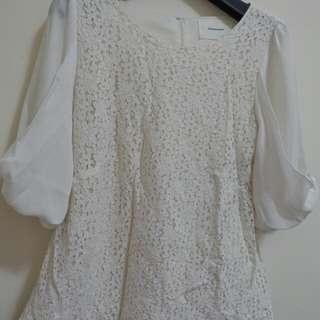 雪紡上衣 白色 蕾絲 袖子是蝴蝶結造型 二手