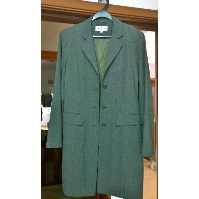 3/4 length jacket in Grey