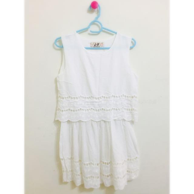 全白花邊洋裝