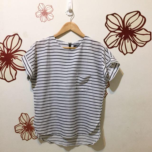 ✌🏻️手☝🏻· 韓國條紋雪紡設計款上衣