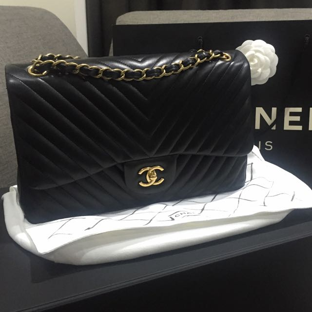 2ff3e46ad9ab 💎SOLD!!💎 Like New Chanel Classic Jumbo Chevron Double Flap Bag In ...