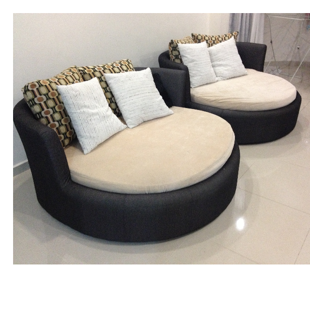 Used Round Shaped Sofa Gl Top