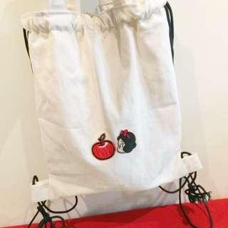 白雪公主與紅蘋果刺繡燙布貼ㄧ組 可做補丁別針胸針