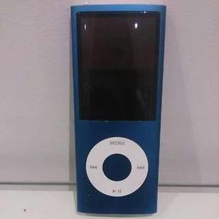 Apple iPod Nano 16GB 4th Gen - Blue
