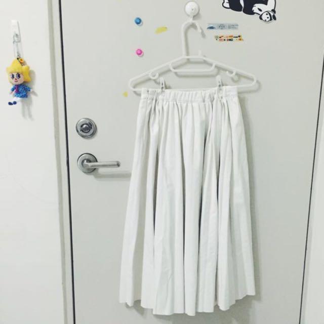 ✨含運✨皮革白色百摺裙