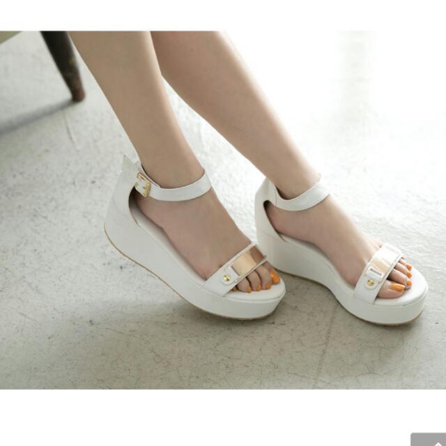 名媛風金屬片裸肌繞踝厚底涼鞋
