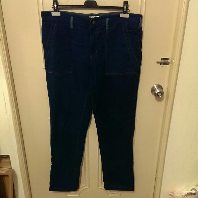 牛仔褲型式的棉布休閒褲 深藍色 橘縫線 斜口袋 二手品
