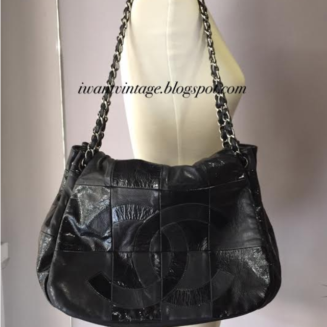 CHANEL Seasonal Black Patent Leather Chain Flap Bag 975529280ef58