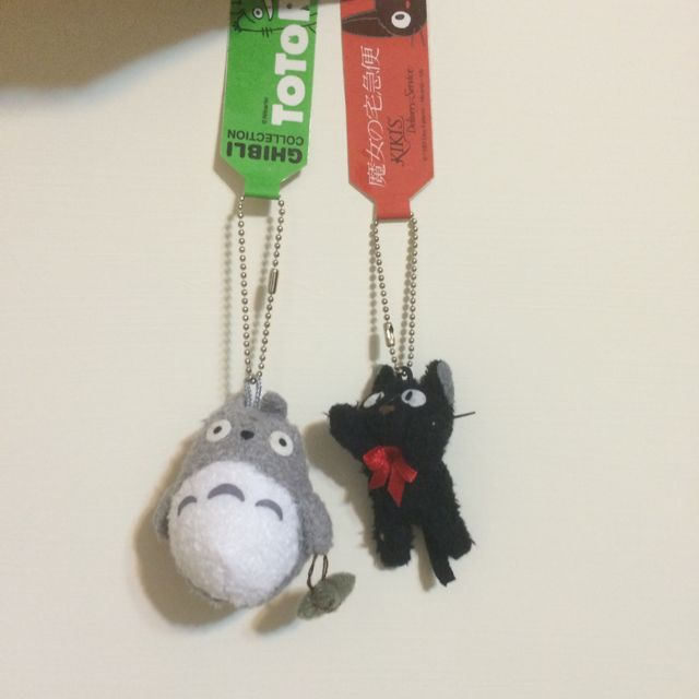 豆豆龍和黑貓kiki吊飾